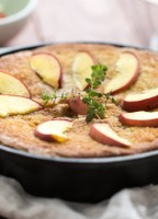 peach+thyme+skillet+cake_2_Emily+Caruso-1