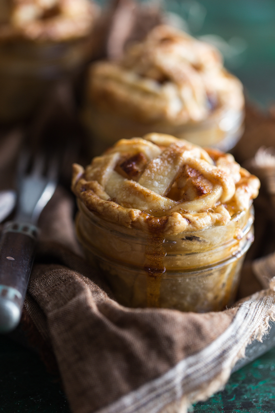 mini apple raisin pies in jars_Emily Caruso_Jelly Toast (1 of 7)