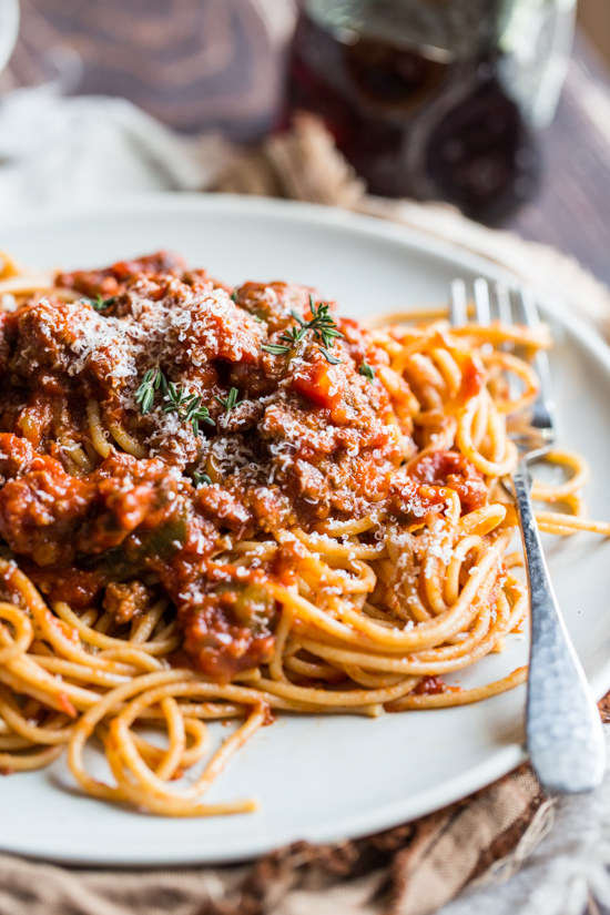 slow cooker meat sauce from Jelly Toast #slowcooker #maincourse