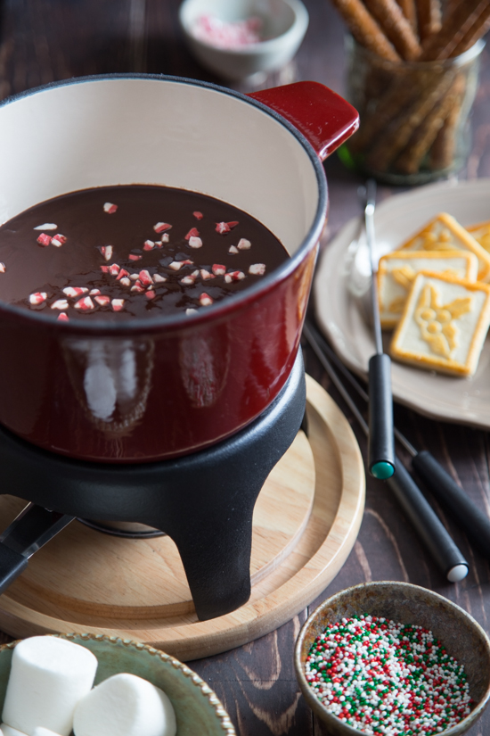 chocolate peppermint fondue-006