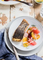 crispy skinned barramundi with citrus fennel salad-0593