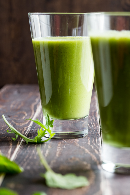 Pineapple Chia Green Smoothie by Jelly Toast