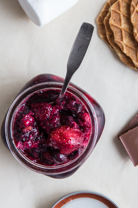 roasted berries with cardamom by Jelly Toast