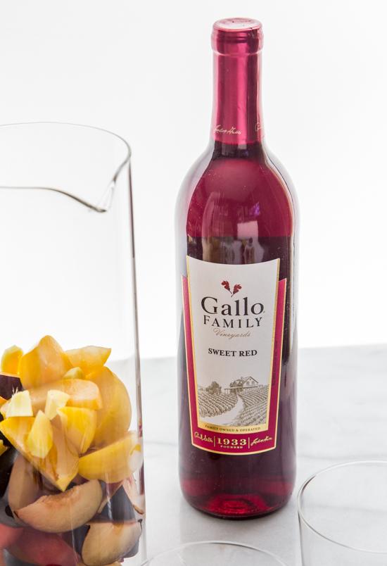 Ginger Plum Sangria | www.jellytoastblog.com