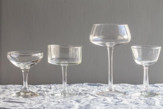 cocktail glasses| stemware | www.jellytoastblog.com