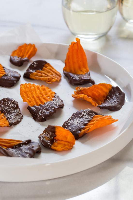 Chocolate Dipped Sweet Potato Chips | jellytoastblog.com