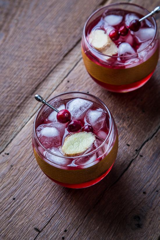 Cranberry Ginger Cocktail | jellytoastblog.com