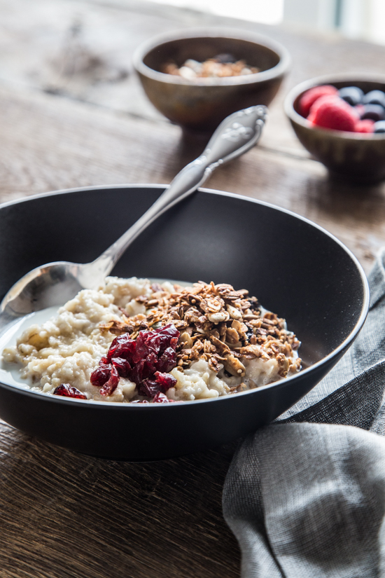 Oatmeal with Milk and Granola | www.jellytoastblog.com