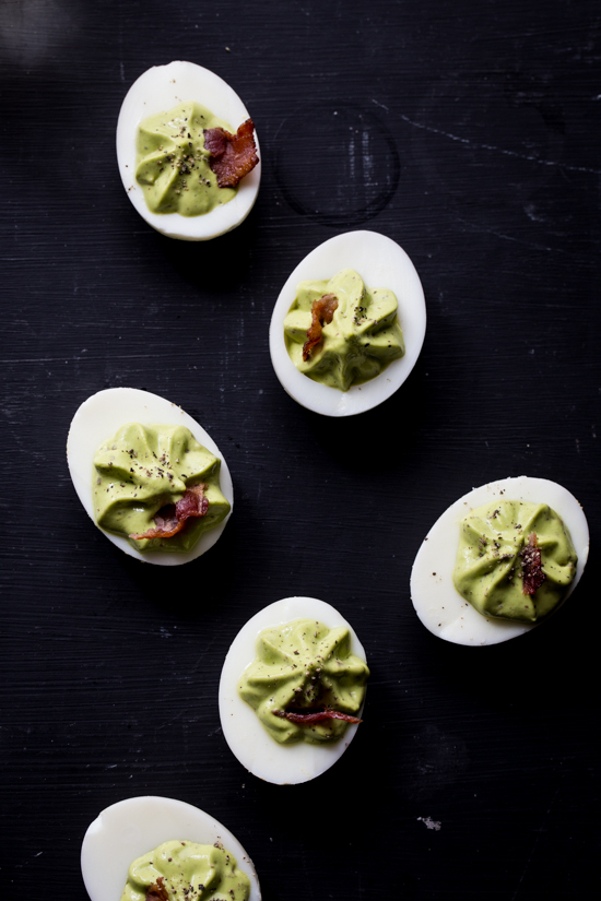 Spinach Bacon Deviled Eggs | jellytoastblog.com