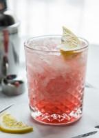 Meyer Lemon Raspberry Fizz | JellyToastBlog.com