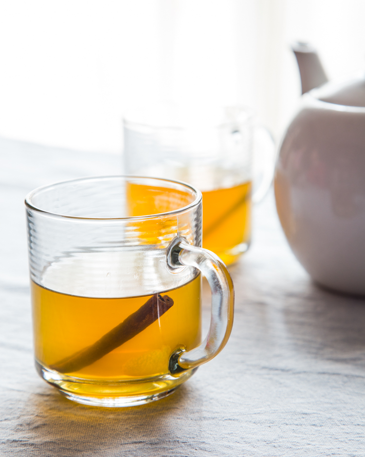 Green Tea Hot Toddy | JellyToastBlog.com