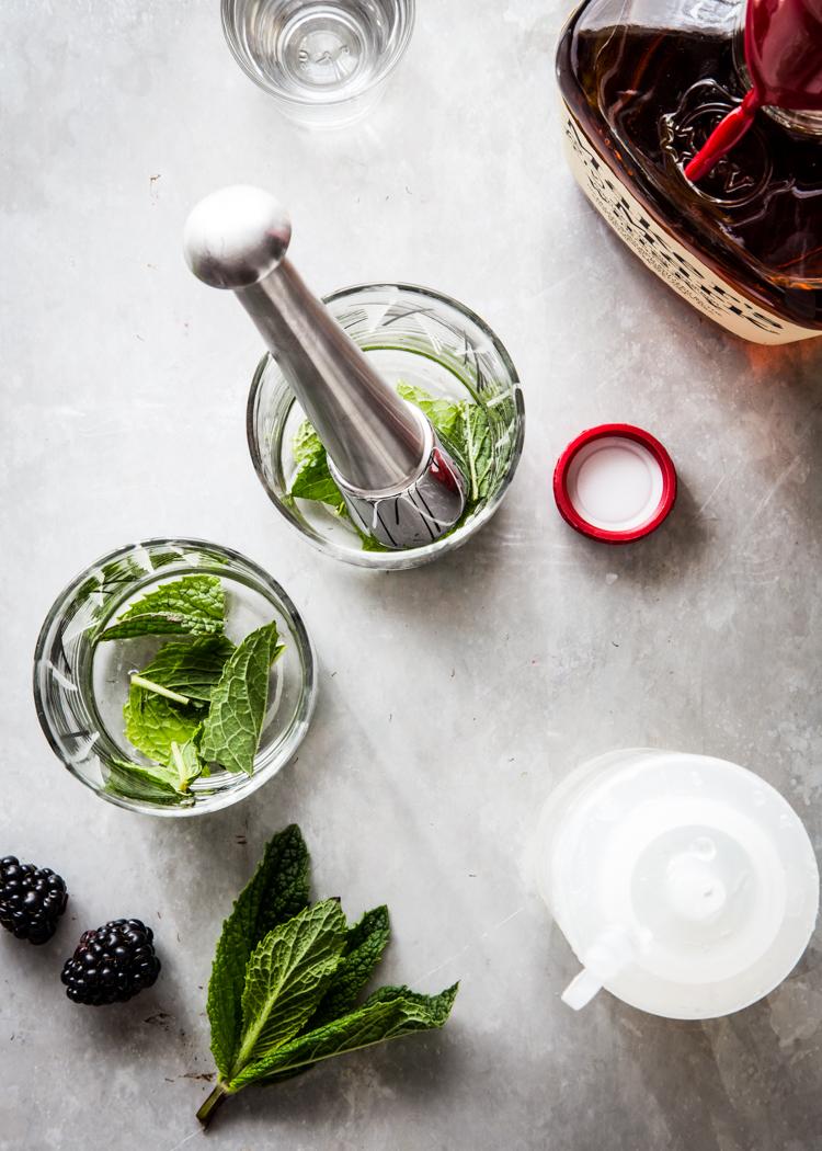 Blackberry Mint Julep | JellyToastBlog.com