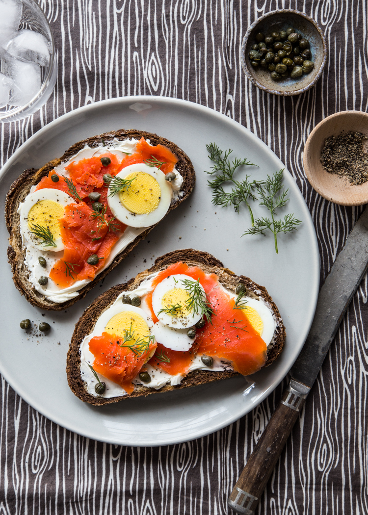 Smoked Salmon Toast | JellyToastBlog.com