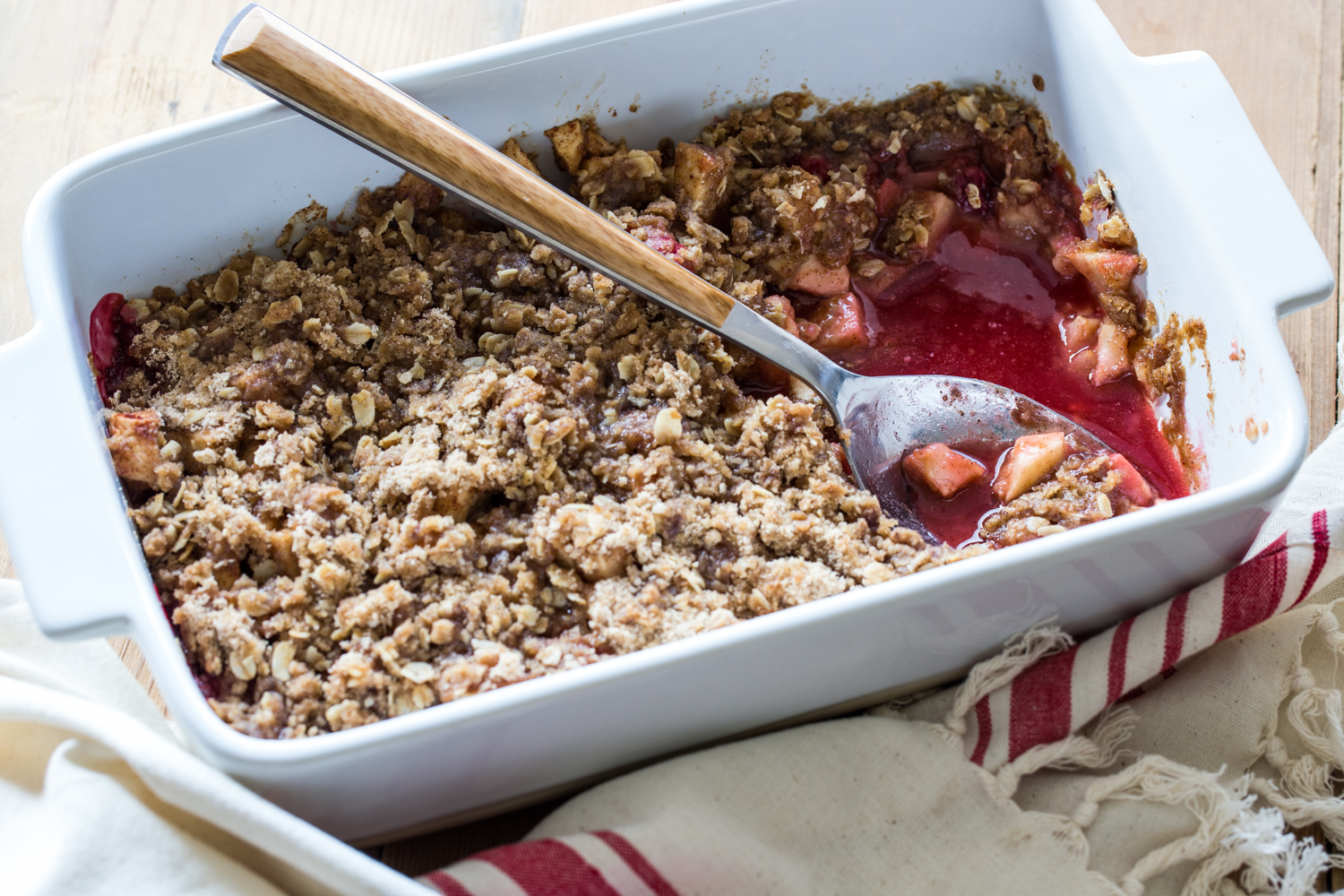 Cherry Apple Crisp | JellyToastBlog.com
