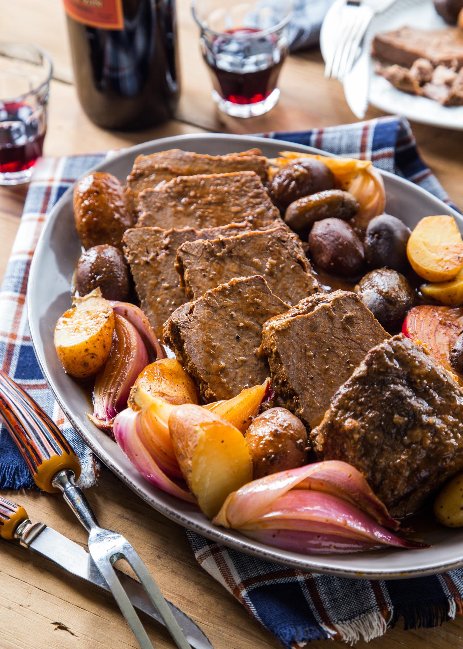 Slow Cooker Bloody Mary Pot Roast | JellyToastBlog.com