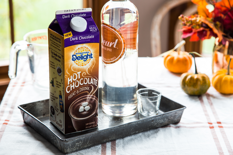Spiked Pumpkin Spice Hot Chocolate | JellyToastBlog.com