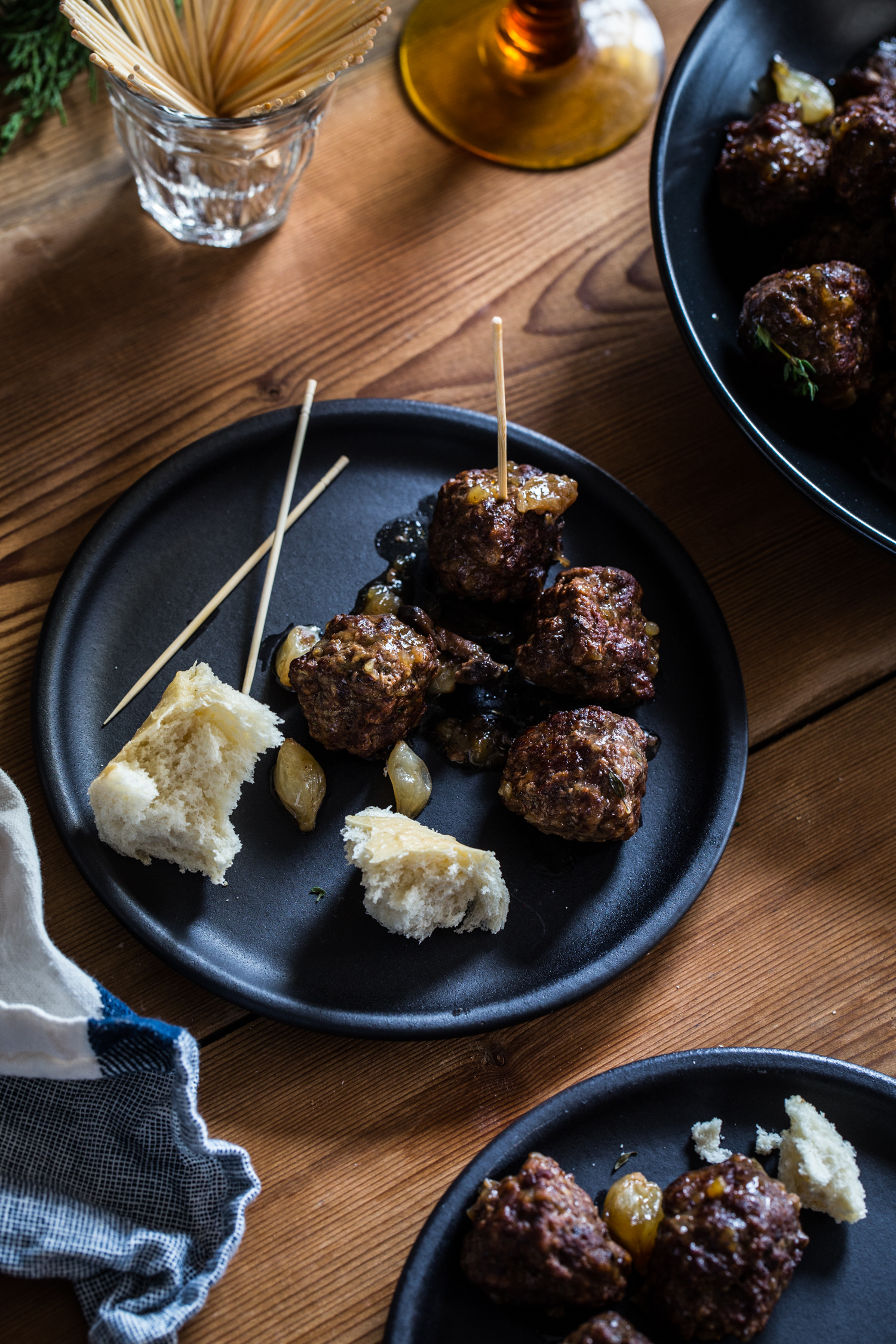 Cocktails and Appetizers are the BEST way to entertain. Try these Beef Bourguignon Meatballs at your next holiday party!