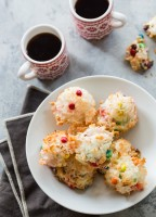 Chocolate Coconut M&M Macaroons | JellyToastBlog.com