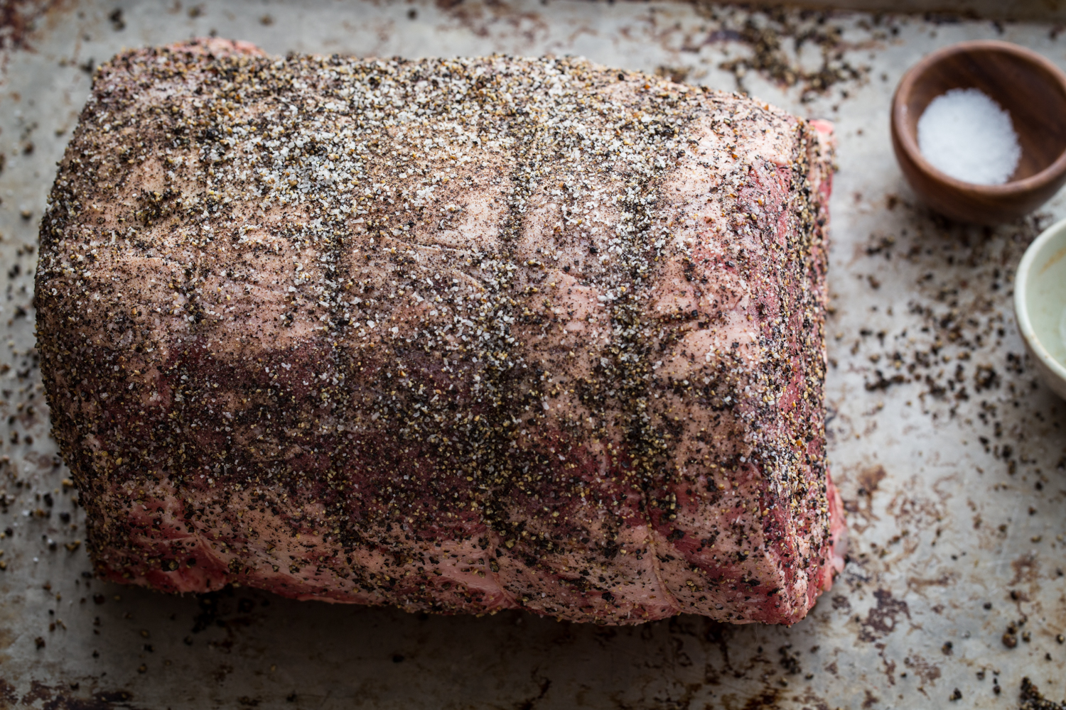 Pepper Crusted Prime Rib Roast | JellyToastBlog.com
