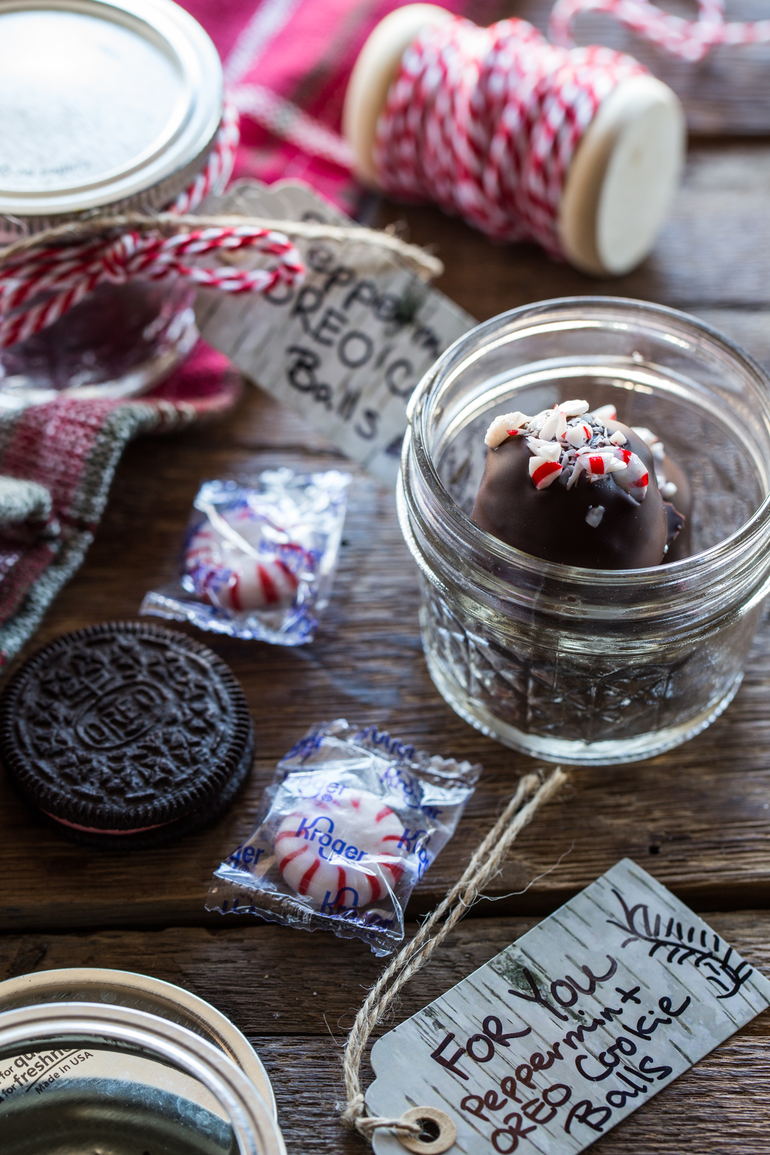 Any teacher would love these adorable Peppermint OREO Cookie Ball packages!