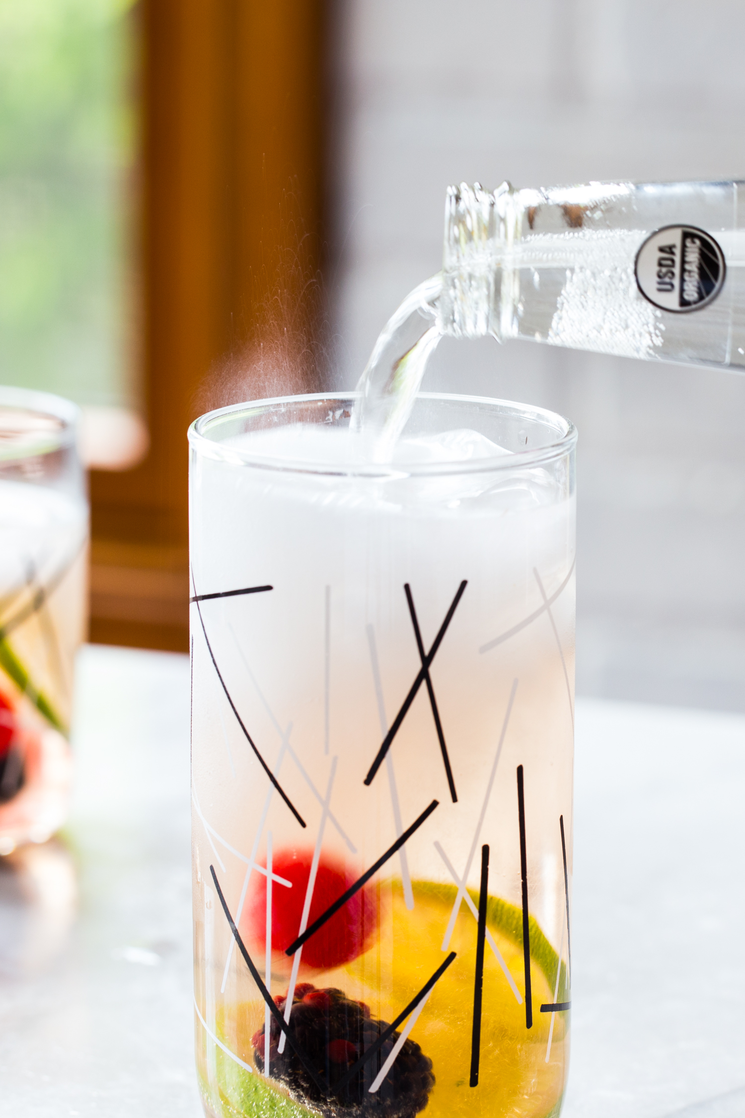 Sparkling Berry Sangria is just about the most refreshing summer drink you can make <3