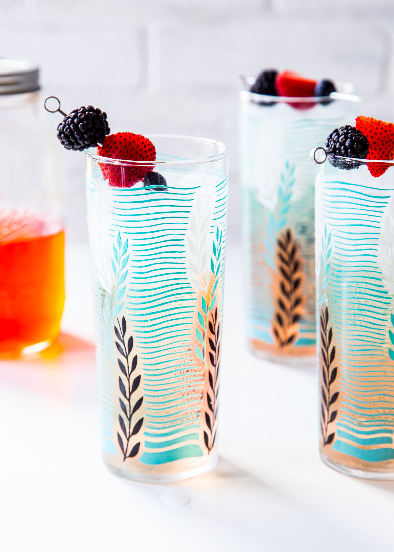 Berry Shrub Spritzer with triple berry shrub syrup and prosecco - refreshing and simple summer cocktail