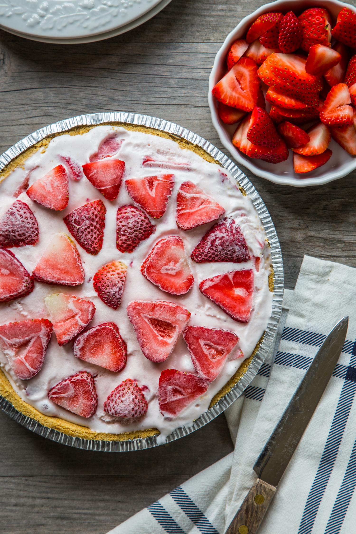 Easy Ice Cream Pie - Strawberry