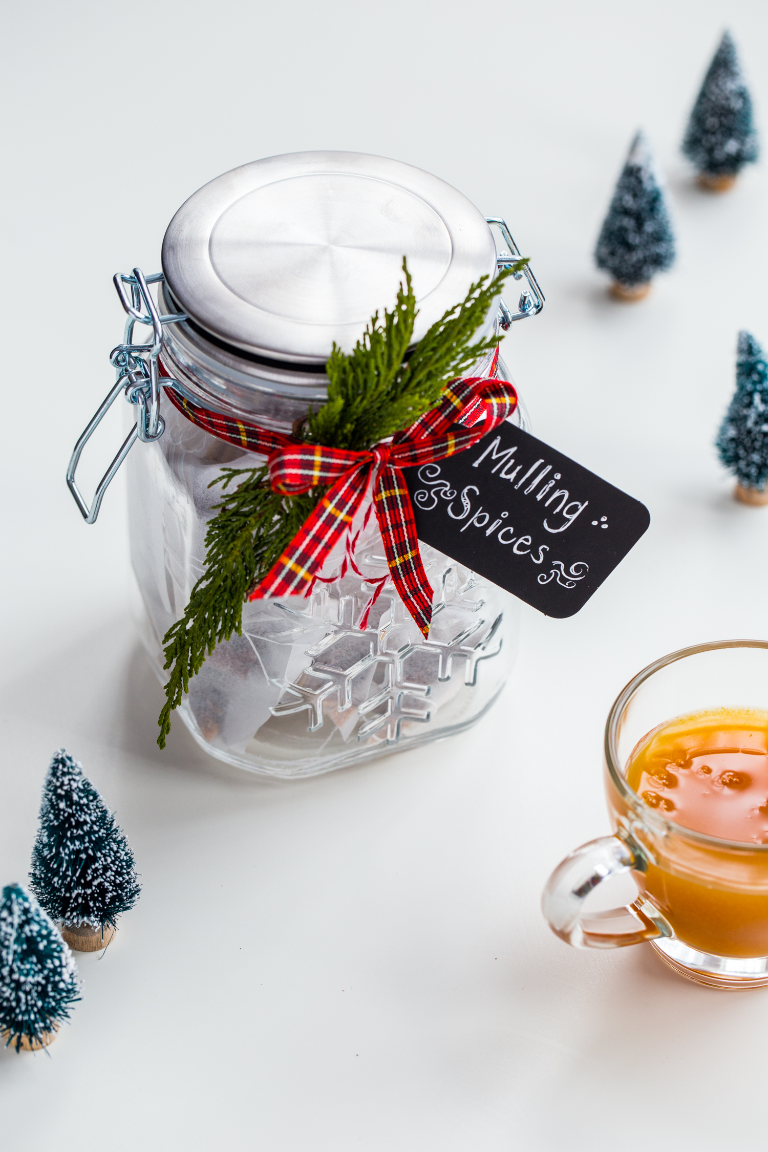 DIY Holiday Mulling Spices make a great hostess gift idea and are extremely versatile for drinks during the holiday season