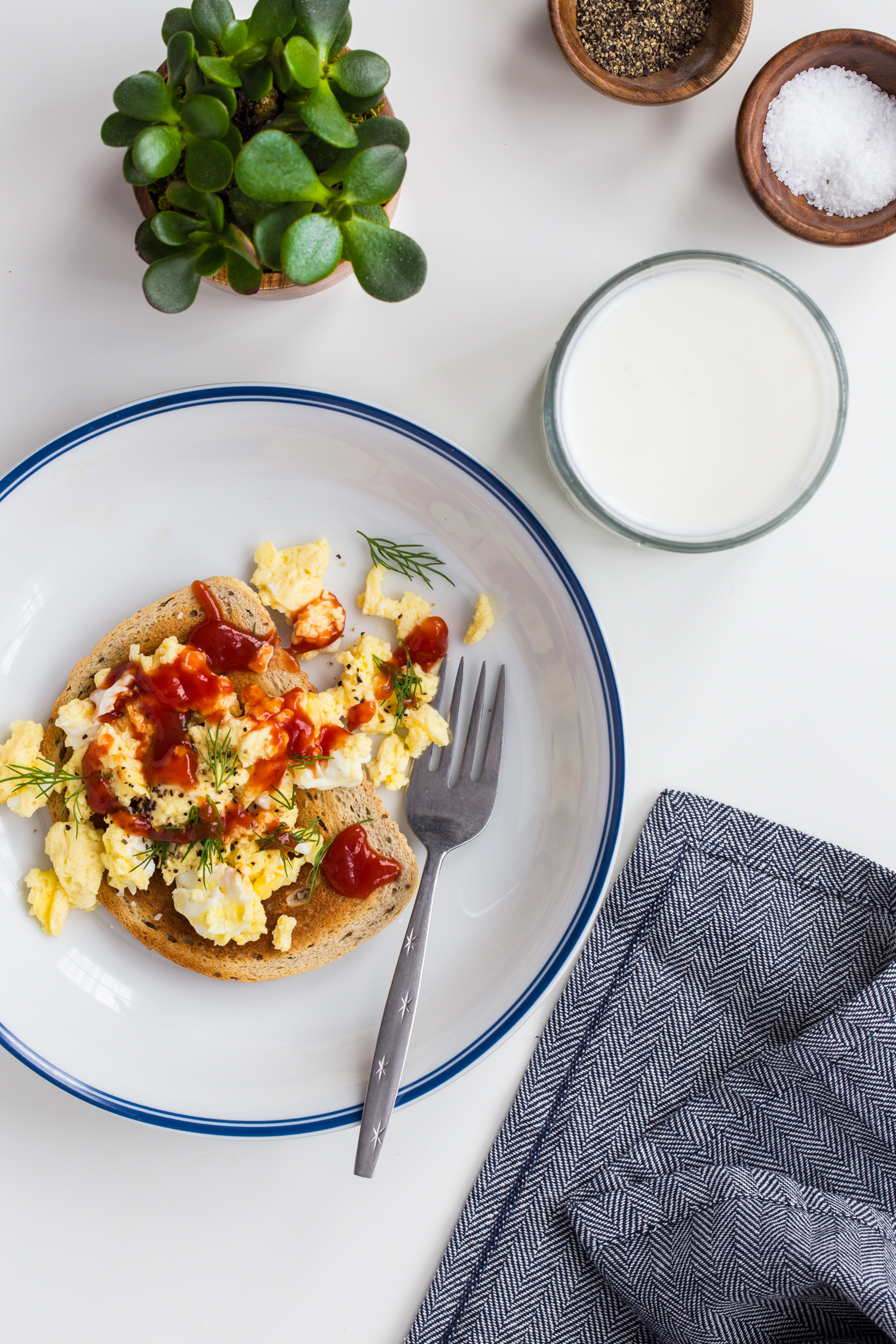 My Weekday Morning Routine #MyMorningProtein - Microwave Scrambled Eggs