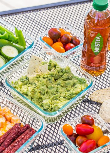 Quick Guacamole | Poolside Lunch Packing Tips