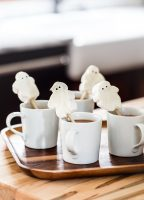 Marshmallow Ghost Hot Chocolate Toppers with Campfire® Marshmallows from jellytoastblog.com