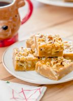Gingerbread Marshmallow Fudge with walnuts and Campfire® Gingerbread Marshmallows from jellytoastblog.com