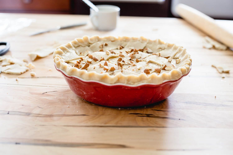 Montmorency Tart Cherry Amaretto Pie - Jelly Toast